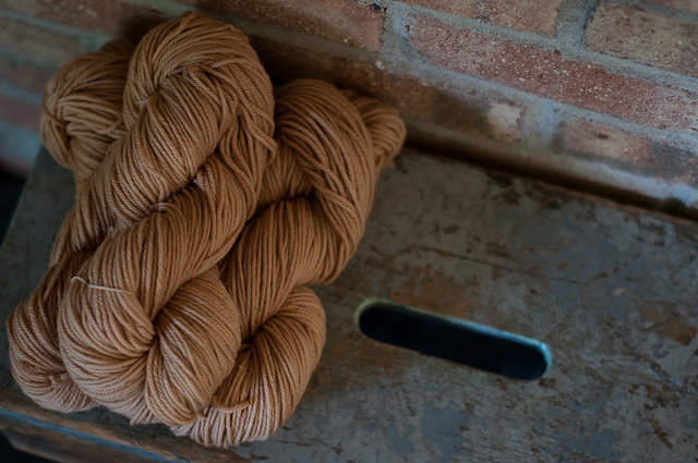 dyeing yarn with dock seed