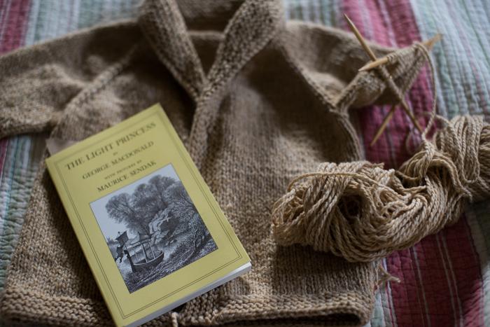yarn along-4070