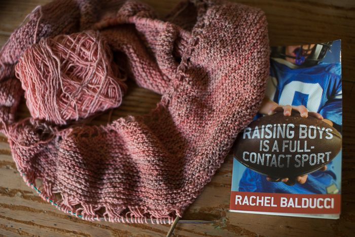 yarn along-2710