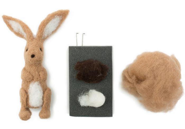 4528_Needle-Felted-Bunny-Kit_Unpacked