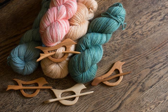 handmade maple shawl pin-0052