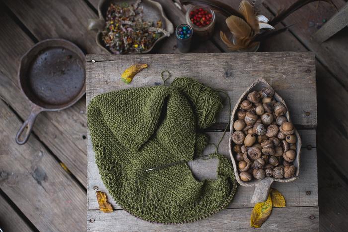 green-shawl-7282
