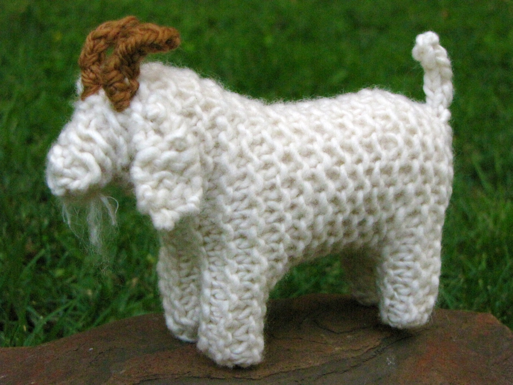 Knitted Goat pattern