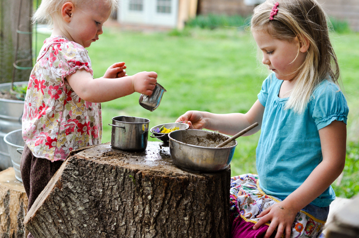 mud pie kitchen tree stump small things blog