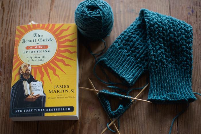 yarn along-2037